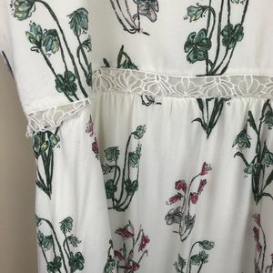 LC Lauren Conrad Dresses - LC Lauren Conrad Disney Alice In Wonderland dress